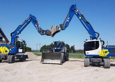 Unser neuer Maschinenpark - Lader und Bagger Liebherr L550, A918, A924 - M. Dumberger Bauunternehmung GmbH & Co. KG