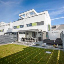 Garten der Doppelhaushälfte, Mering Oberfeld - M. Dumberger Bauunternehmung GmbH & Co. KG