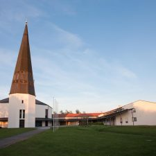 Pfarrkirche Maria unterm Kreuz Königsbrunn - M. Dumberger Bauunternehmung GmbH & Co. KG