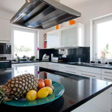 Kücheneinrichtung Mehrfamilienhaus